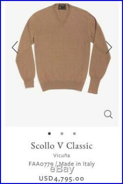 4,795$ Vicuña V Neck sweater Natural Vicuna Size Medium