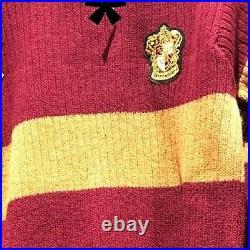 Universal Studios Harry Potter Gryffindor Quidditch Lambwool Sweater Medium